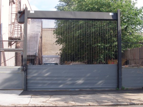 Find Motorized Electrical Operated Gate Door Fabricators