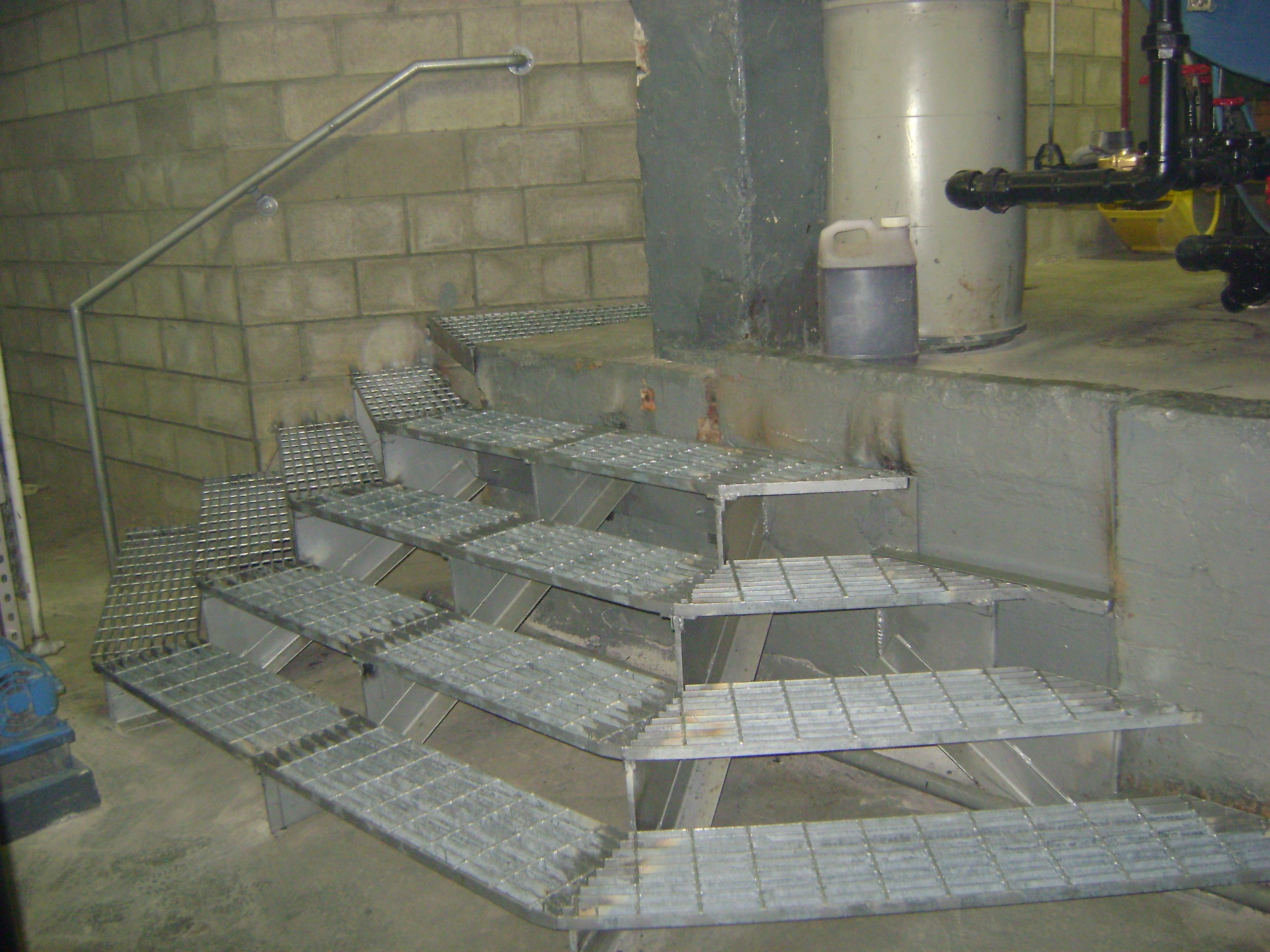Custom 3 Sided Galvanized Steel Grating Staircase Fully Welded With Pipe  Rails. (NY,